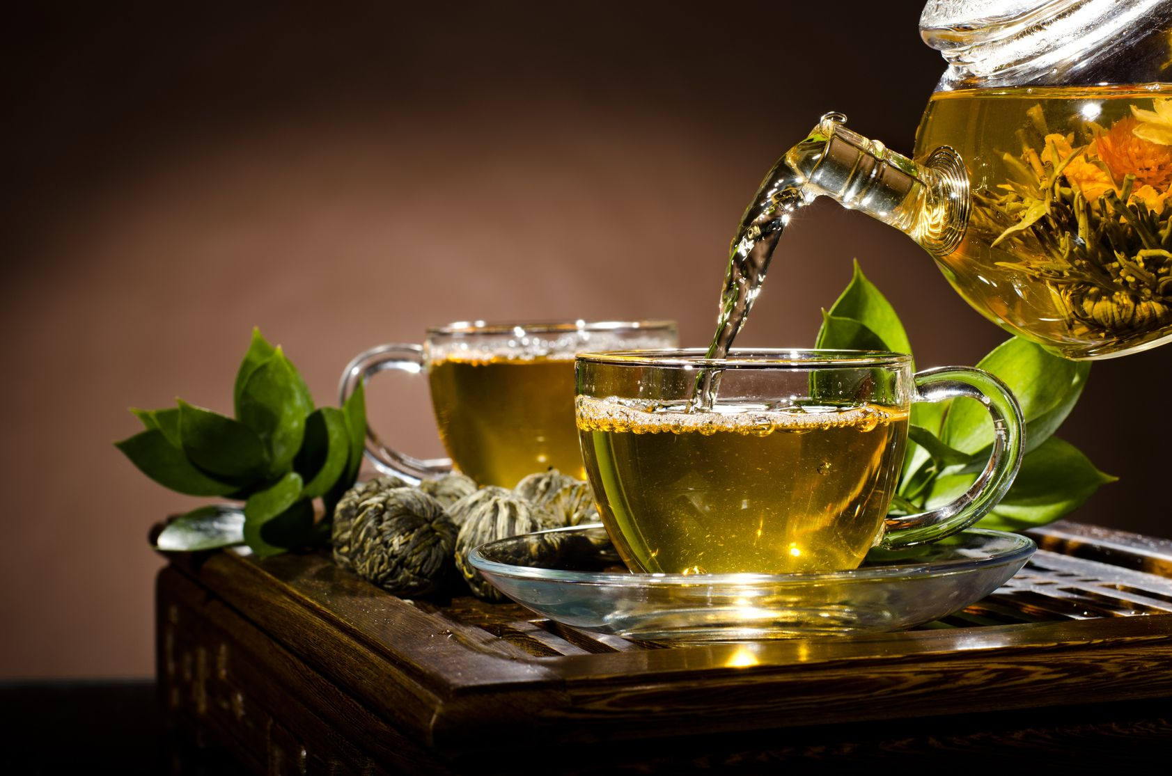 green tea protects elderly against Alzheimer's and cognitive impairment