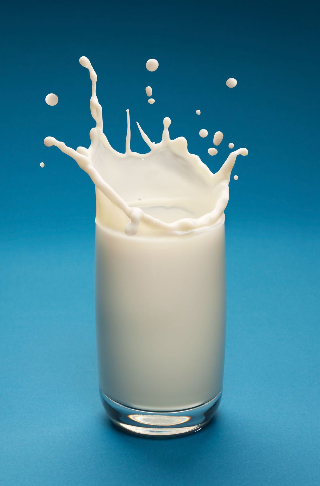 milk increases risk of breast cancer