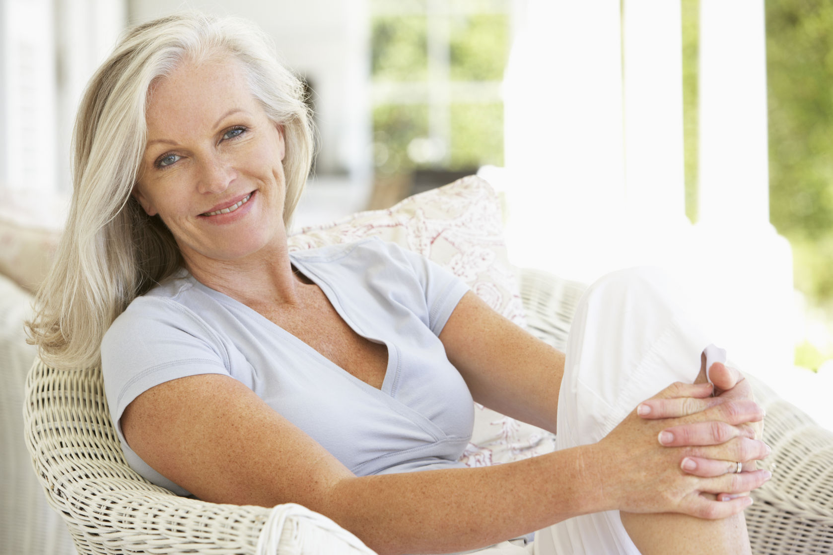 nettle and acupuncture help hot flashes of menopause