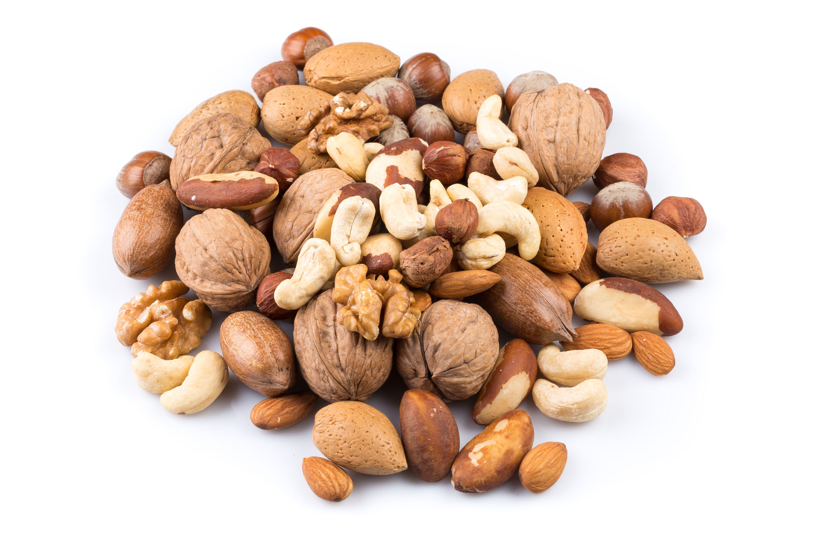 nuts lower risk of weight gain and obesity
