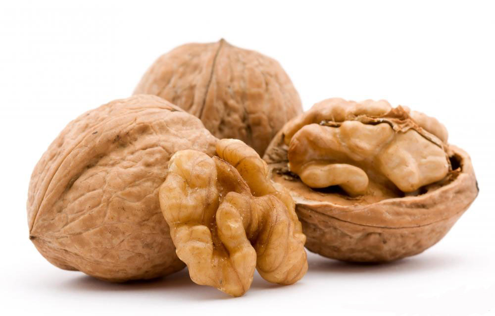 walnuts benefit heart health without being fattening
